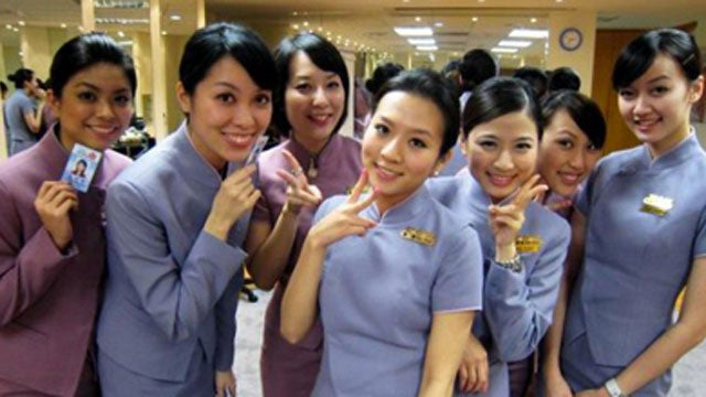 Chinese Flight Attendants Are The Stepford Wives Of The Sky