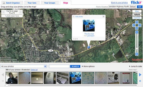 Flickr maps photos