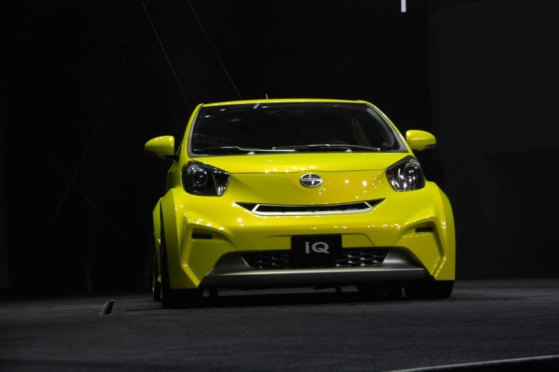 Scion iQ Concept: Three-Seat Smart Fighter