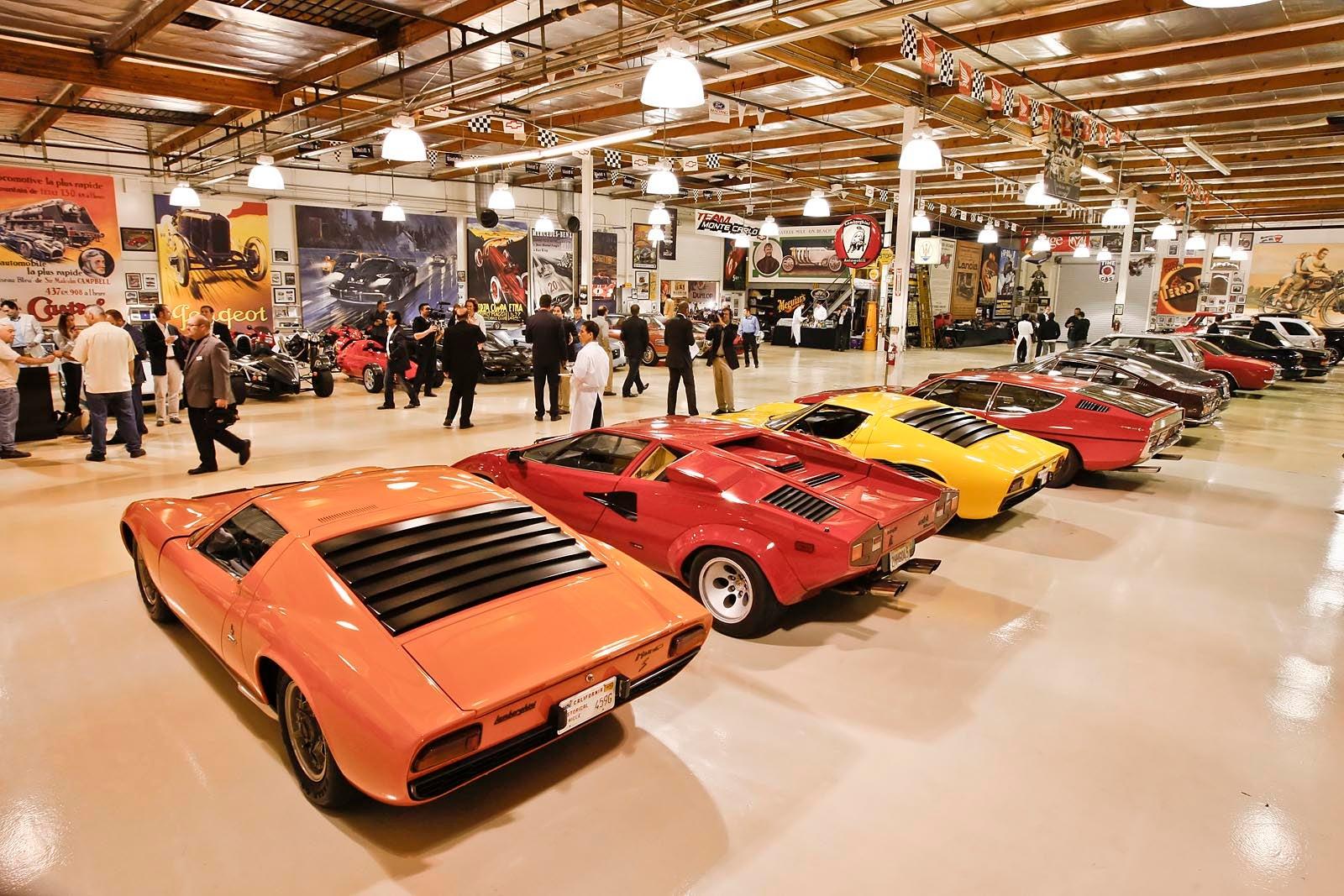 Burbank Envy A Glimpse Inside Jay Leno S Garage