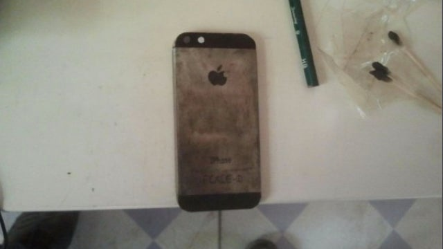 Some Chinese Dude Made an iPhone Replica OUT OF STEEL