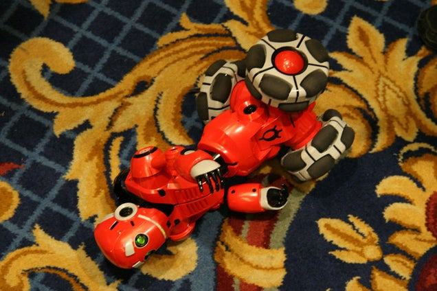 WowWee Replaces the Robosapien with the Tribot Friend-Replacement Robot