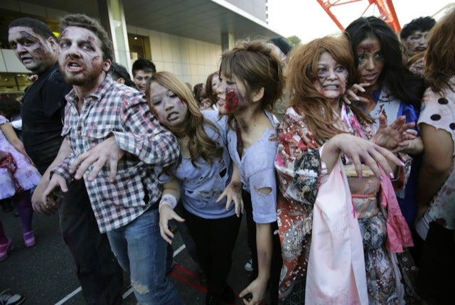 Here's What a Thousand Zombies Attacking Tokyo Looks Like