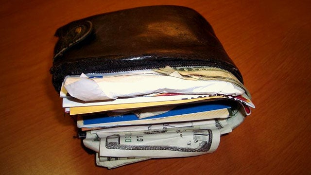 Why Your Fat Wallet Is Causing You to Spend More (and What to Do About It)