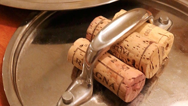 Turn Old Wine Corks into Built-In Pot Holders