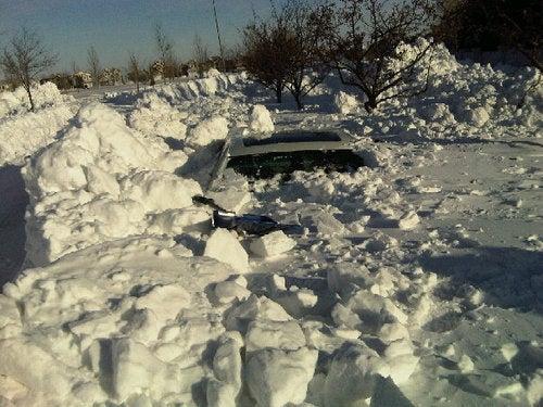 E90 Buried In Snow