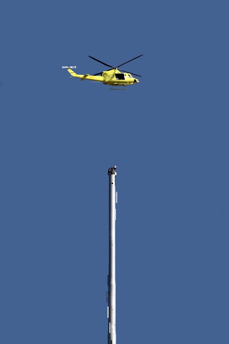 MI4 Stunts on top of Burj Khalifa