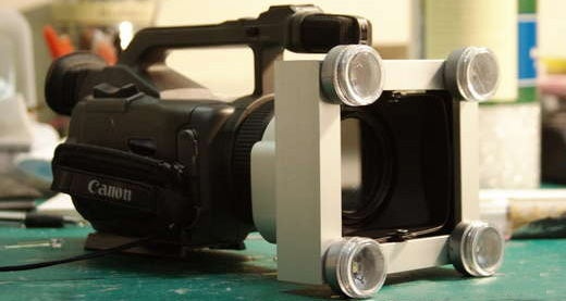 Build Your Own Super-Closeup LED Light for Intimate Situations