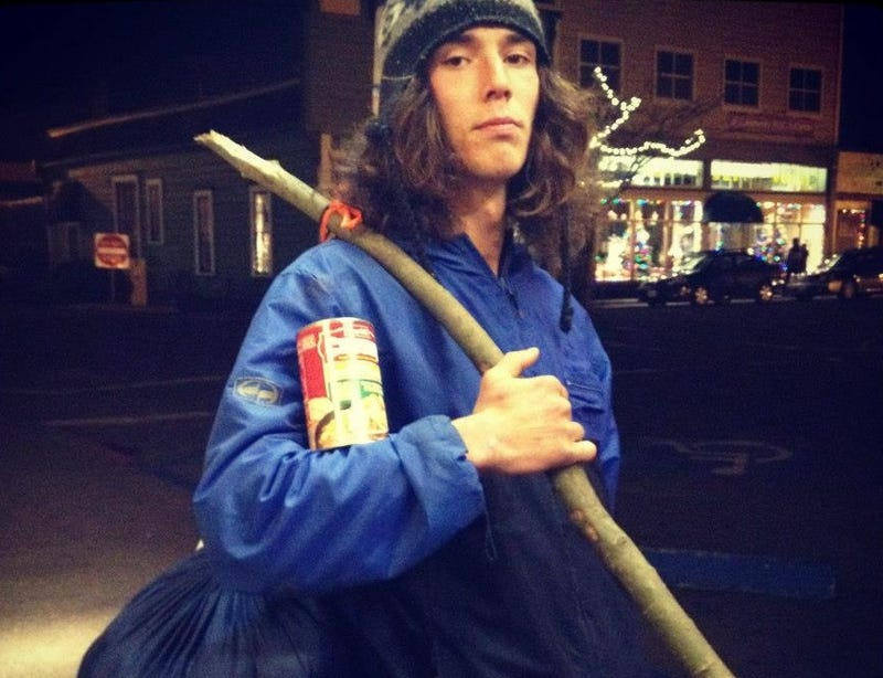 Hero Hitchhiker Arrested for Murder Claims Childhood Abuse on Facebook