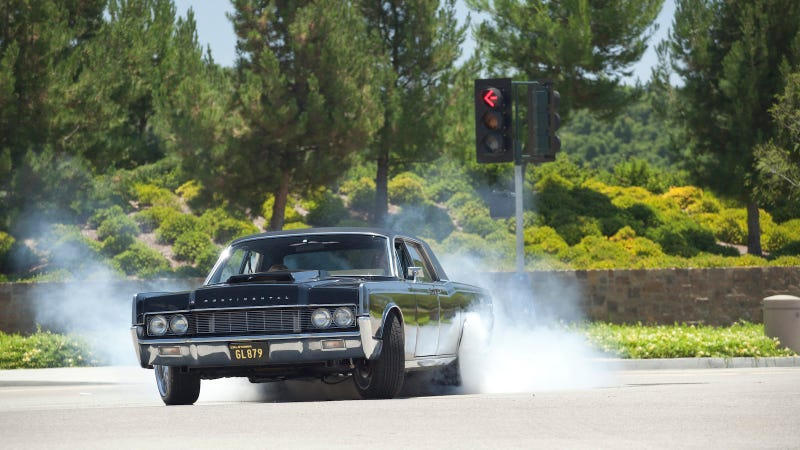 Cruising Bob's Big Boy In Dax Shepard's 650 HP Lincoln