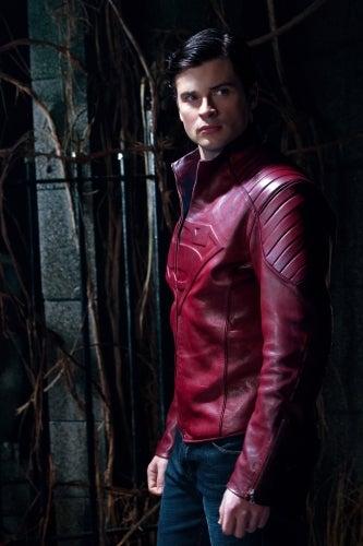 """Smallville """"Masquerade"""" promo photos"""