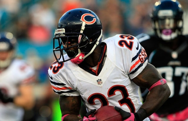"After Lovie Smith's Firing, Devin Hester Complains About ""False Fans"" And Considers Retiring"