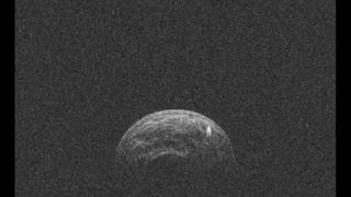 A Tiny Moon Putters Away From Asteroid During Near-Earth Encounter