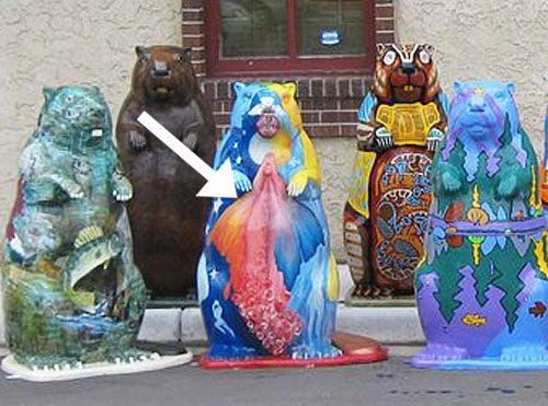 Beaver's Giant Vagina Terrorizes Small Town in Minnesota