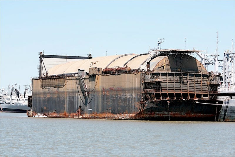 "This Cold War ""Mining"" Barge Was Really Built to Steal Soviet Subs"