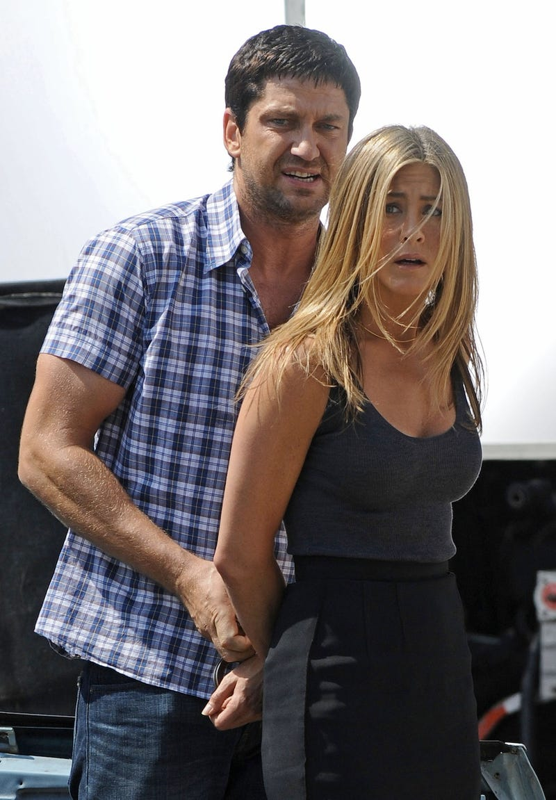 Jennifer Aniston's Birthday Smoosh, feat. Gerard Butler, Courtney Cox, and David Arquette vs. Sheryl Crow