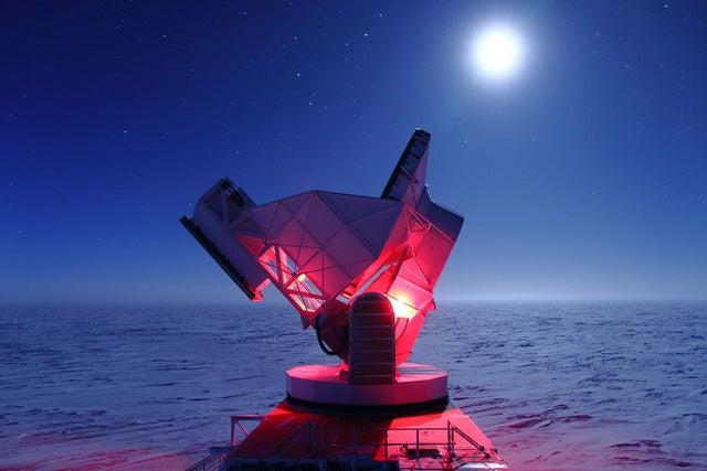 Lenyűgöző képeken a világ legszebb rádiótávcsövei