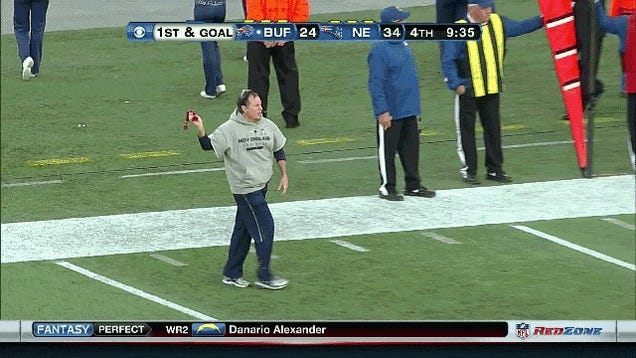 Who Has The Funnier Challenge-Flag-Throwing Motion, Leslie Frazier Or Bill Belichick?