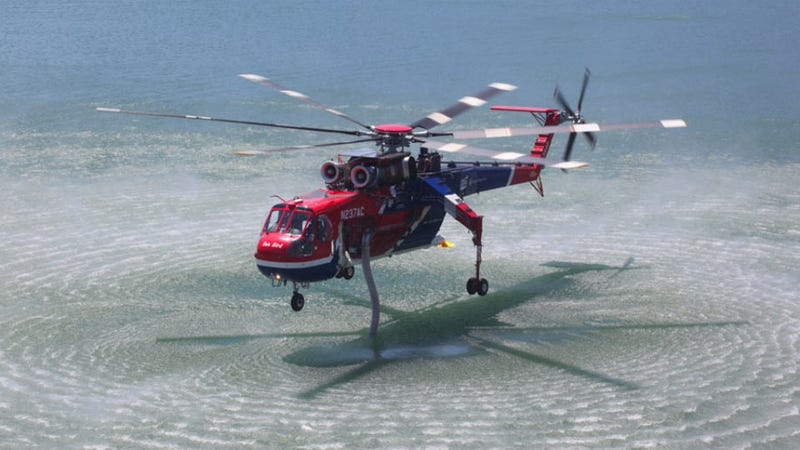 The Erickson S-64 Aircrane Is a Flying Swiss Army Knife