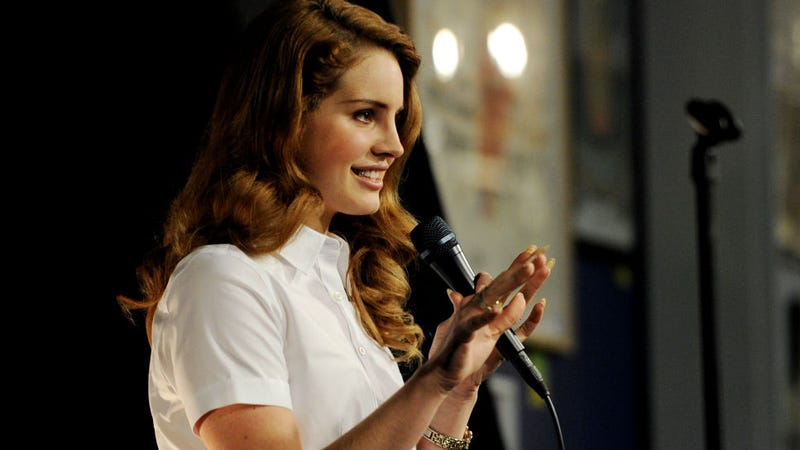 Lana Del Rey Not Interested in Feminism, Would Rather Discuss Space