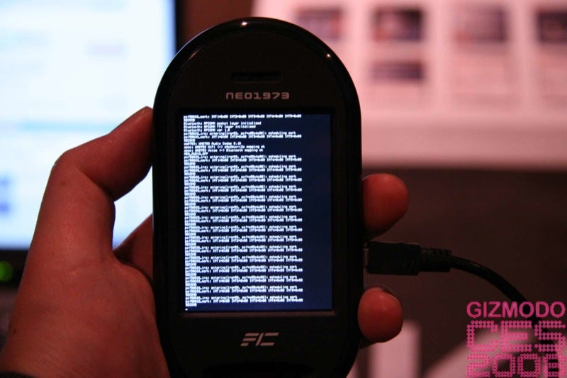 OpenMoko Neo Freerunner Linux Smartphone Hands-on
