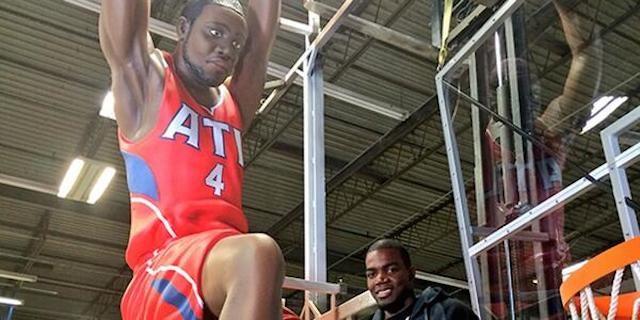 The Atlanta Hawks Created An Enormous Paul Millsap Statue