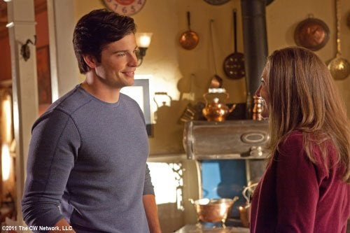 Smallville Beacon preview photos