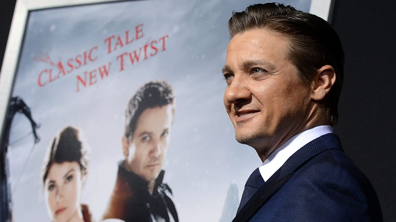 Guys, Is Jeremy Renner Wearing a Bucketload of Makeup?
