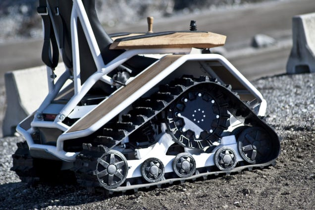 Derziesel Electric Wheelchair Is The Lovechild Of A Hoveround And A Tank