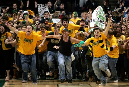 Siena's Drunk, Rowdy Fans Are Not Welcome Back To Ohio