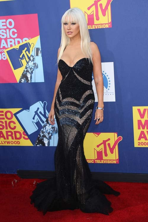 Fasten Your Seatbelts: It Was A Bumpy Night For VMA Fashion