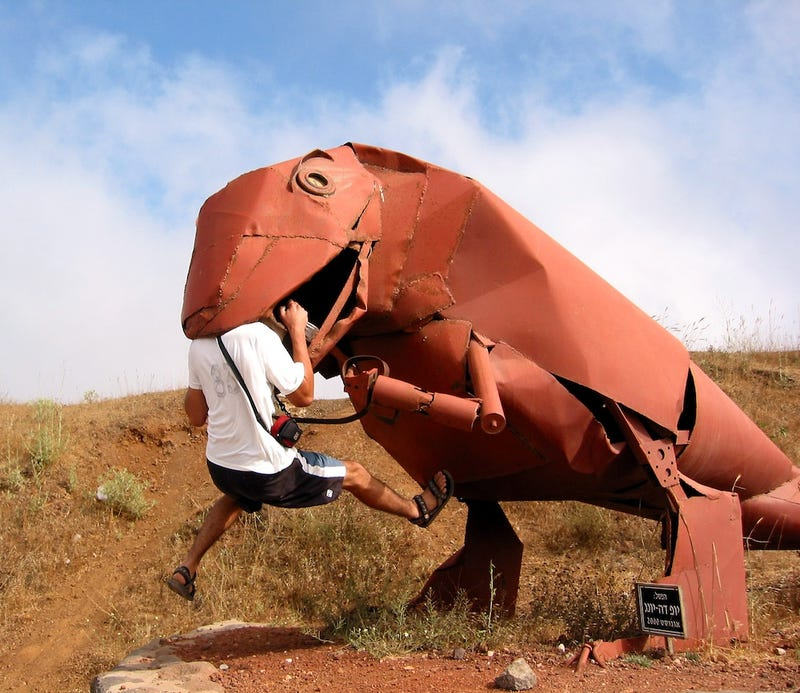 These Are The Weirdest Dinosaur Statues Ever
