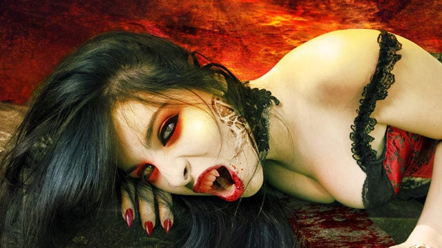 Vampires and Vampire Hunters: All the Coolest Fan Art and Cosplay!