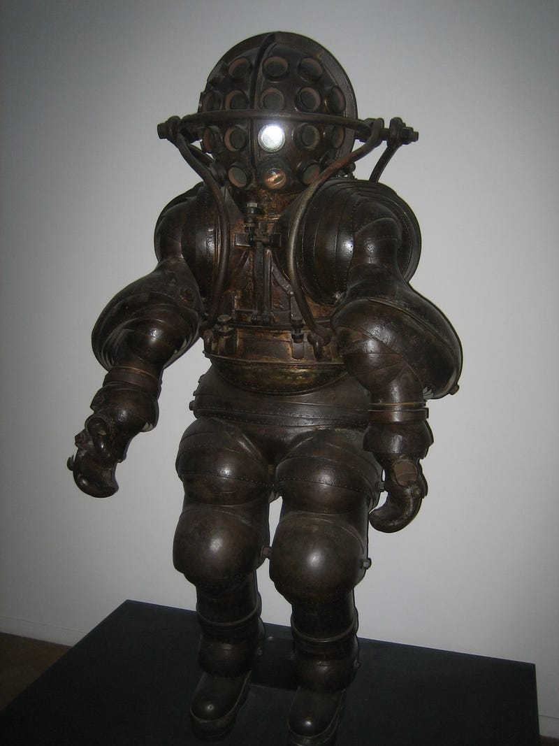 This 838-pound diving suit is the world's greatest BioShock cosplay