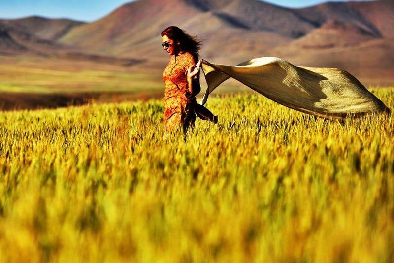 Fejkendő nélkül lázadnak és élvezik a szabadságot az iráni nők