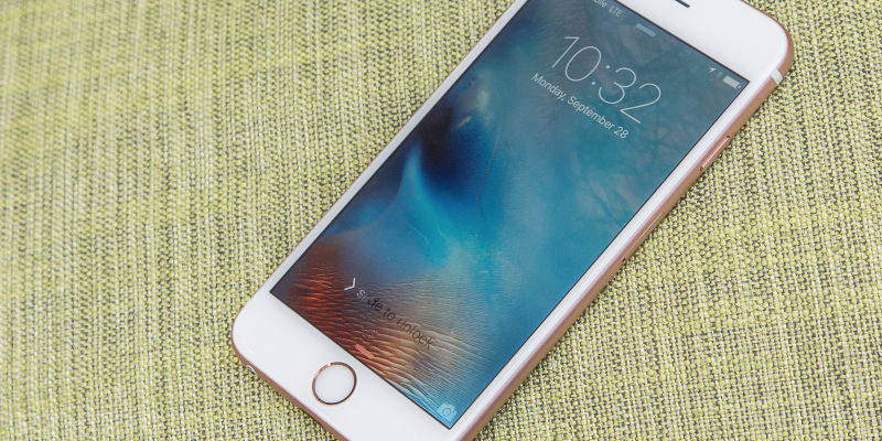 Apple Is Reportedly Developing Its Own, Energy-Efficient Screens For iPhone And iPad