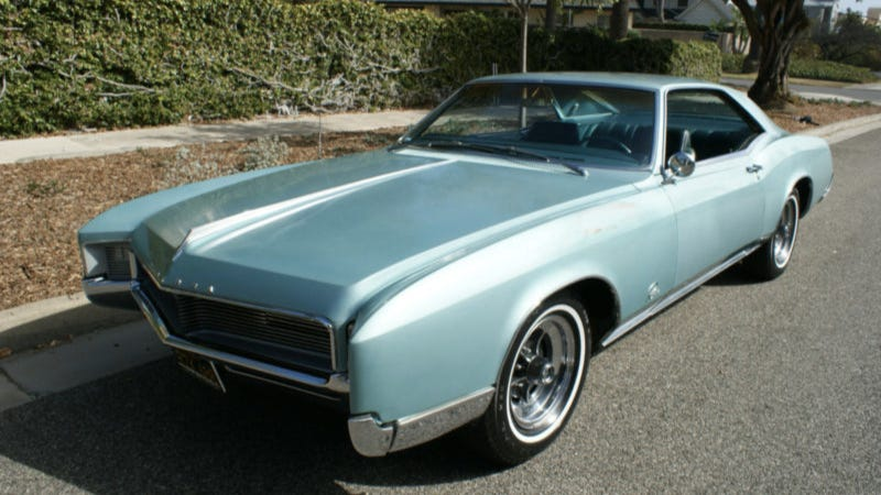 Used Car Face Off: AMC Ambassador Vs. Buick Riviera