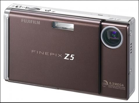 FujiFilm Z5fd Brings Out Your Inner Paparazzi
