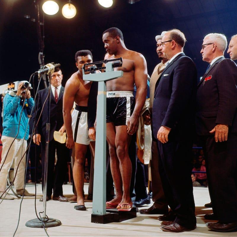 How Neil Leifer Shot His Most Famous Boxing Photos
