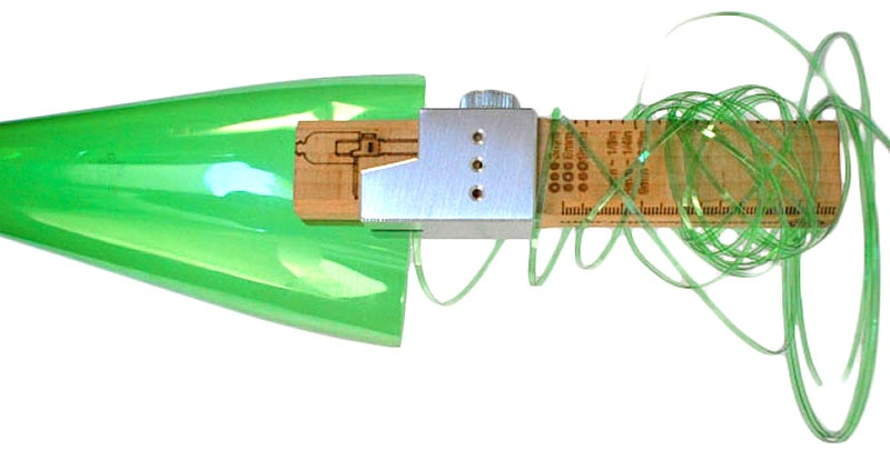 Simple Tool Turns Plastic Bottles Into Nearly Indestructible Plastic Rope