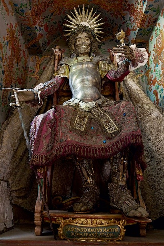 "Bejeweled European Skeleton Gods Discovered By ""Macabre Art"" Expert"