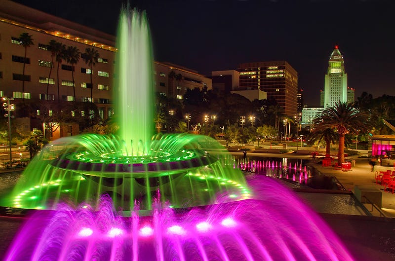 5 Urban Fountains Where Swimming Is Encouraged