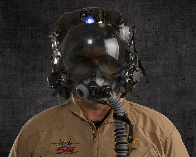 Este casco de $400.000 permite a pilotos del F-35 ver a través del avión