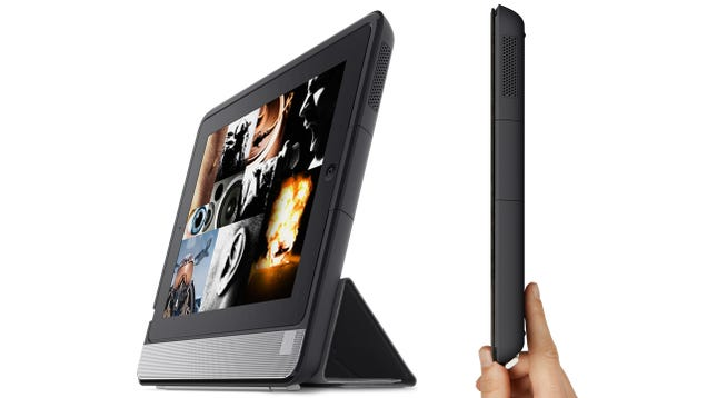 Belkin's Thunderstorm Turns Your Now Bulky iPad Into a Handheld Home Theater