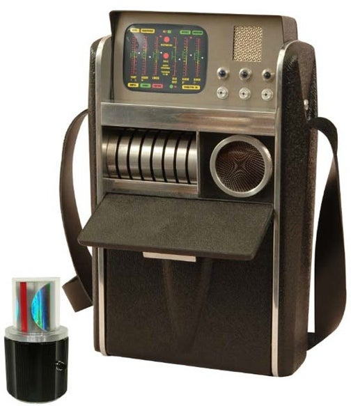 Nostalgic Trekkies Can Cling to the Original Series With This Retro Tricorder Replica