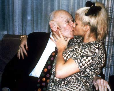 Anna Nicole Smith's Estate Will Not Get The Money She Married