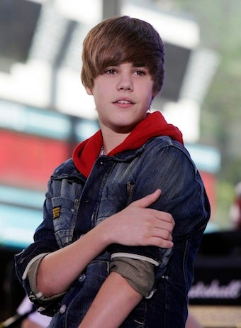 DJ Reprimanded For Insulting Bieber, Bieber Fans