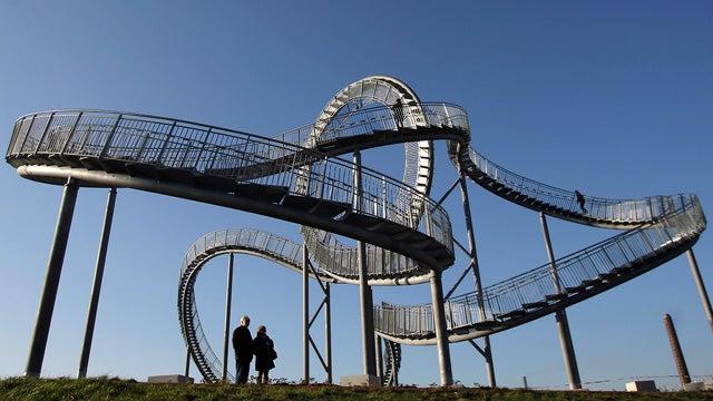 Walkable Roller Coaster Offers Good Exercise, Zero Thrills