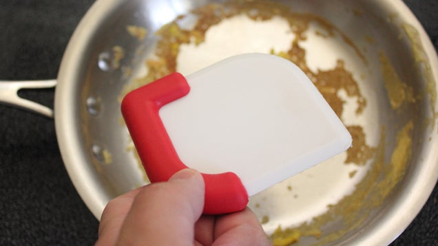This Simple Nylon Scraper Cleans Your Stainless Steel Pans With Ease