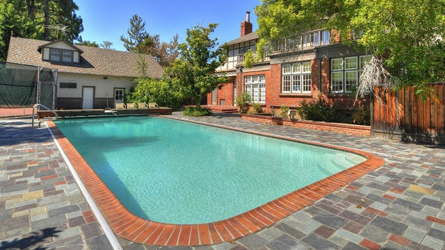 The Feuding Facebook Mansions of Palo Alto